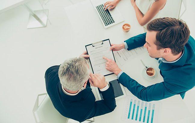 Por que é importante concentrar a área contábil e jurídica em um único especialista?